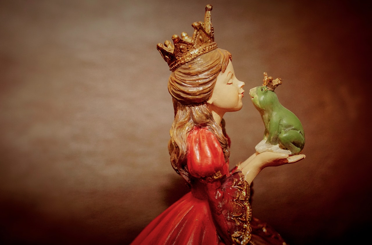 dream about a frog being kissed by a princess