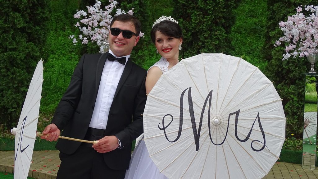 is rain on your wedding day good luck